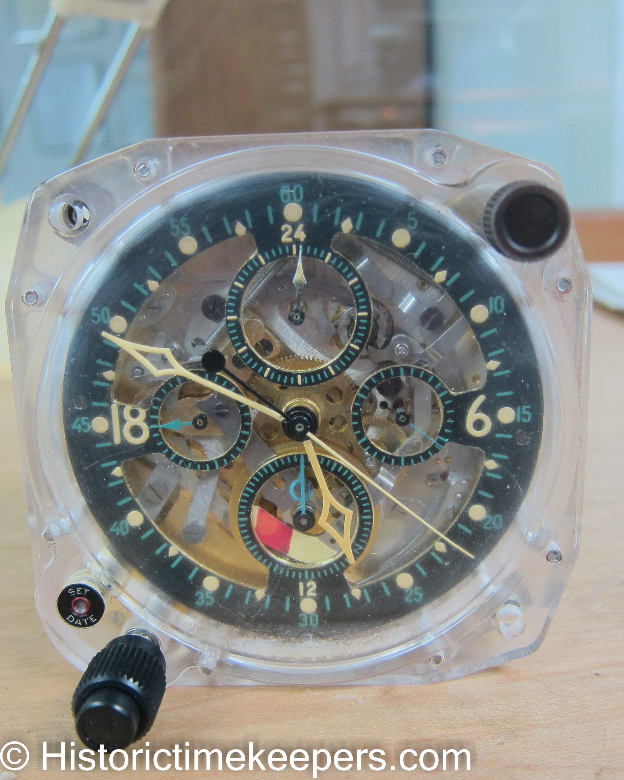 Preproduction Sample Elgin Hamilton 37500 Aircraft Clock in Original Lucite Case with Skelentonized Dail